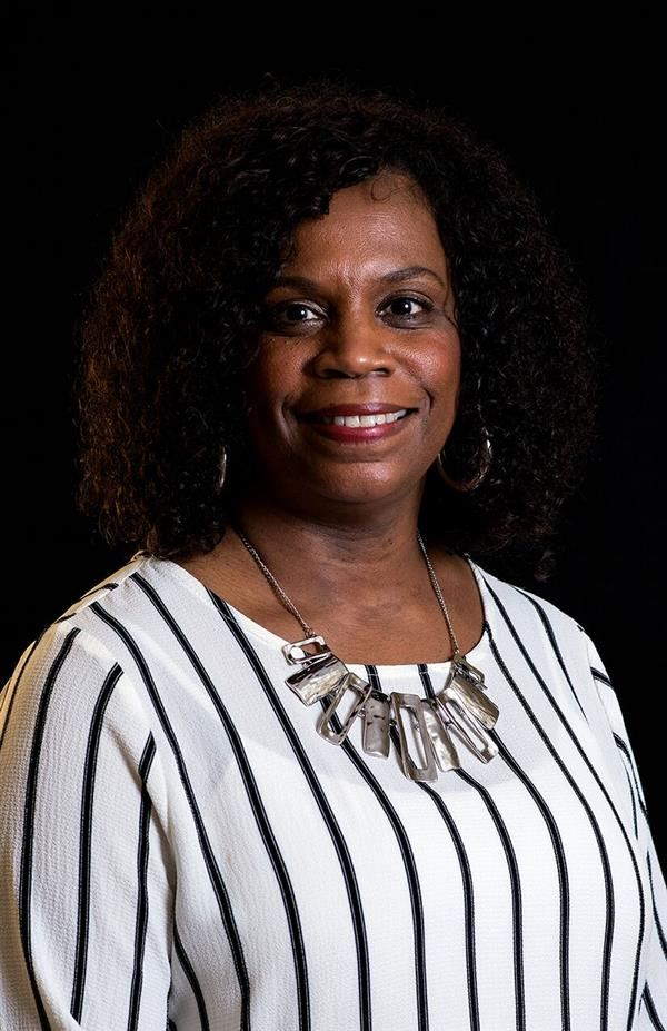 Mrs. Deltonya Warren